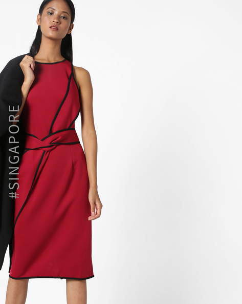 Bodycon Dress With Slit By MDS ( Red )