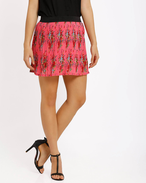 Pleated Mini Skirt By Honey By Pantaloons ( Red )
