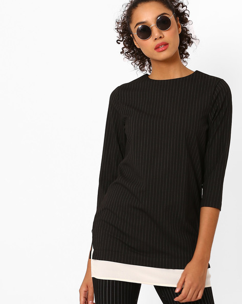 Layered Top With Vented Hems By AJIO ( Black )