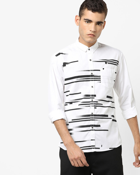 Eddie Printed Slim Fit Shirt With Patch Pocket By WRANGLER ( White )