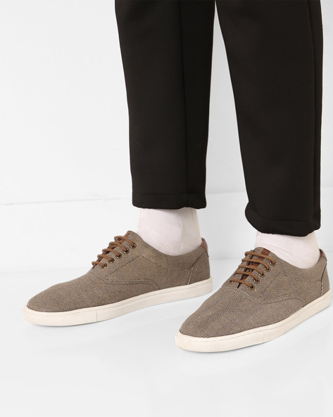 Canvas N9-Treated Lace-Up Casual Shoes By AJIO ( Olive )
