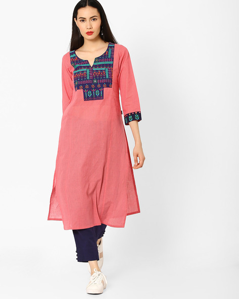 Printed Straight Kurta With Embroidery By KIMONO ( Pink )