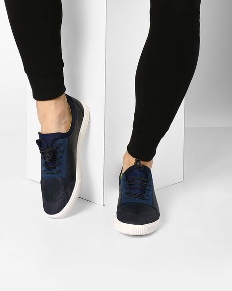 Low-Top Panelled Toggle Sneakers By Muddman ( Navy )