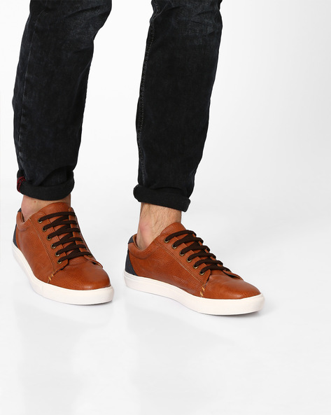 Textured Sneakers With Contrast Heel Counter By Knotty Derby ( Tan )