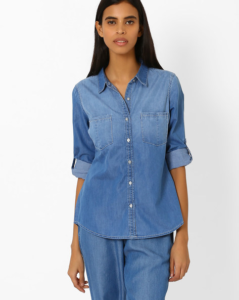 Denim Shirt With Patch Pockets By AJIO ( Lightblue )