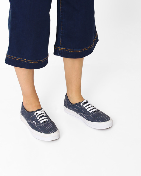Authentic Slim Heart Print Canvas Casual Shoes By Vans ( Blue )
