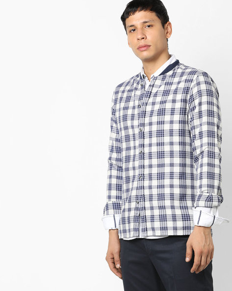 Slim Fit Checked Shirt With Mock Collar By AJIO ( Blue )