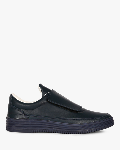 Panelled Slip-On Sneakers With Velcro Closure By Muddman ( Navy )