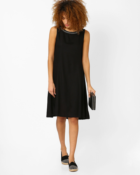 Sleeveless High-Low Swing Dress By AJIO ( Black )