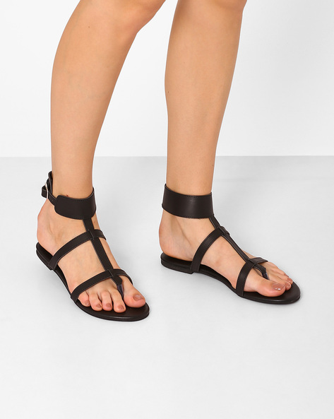 Faux-Leather Flats With Ankle-Strap By AJIO ( Black )