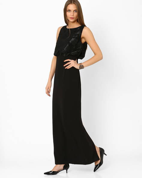 Sleeveless Maxi Dress With Back Slit By AJIO ( Black )