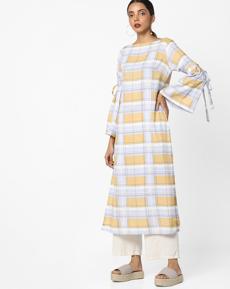 Checked A-line Kurta With Bell Sleeves By AJIO ( Blue )