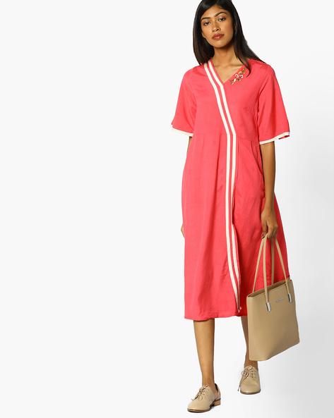 Floral Embroidered Dress By AJIO ( Pink )