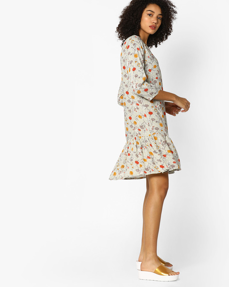 Floral Print Flounce Dress With Sequins By AJIO ( Grey )