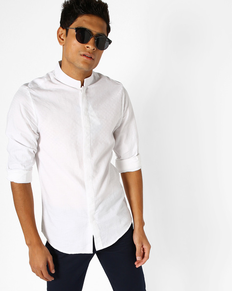 Textured Slim Fit Shirt By The Indian Garage Co ( White )