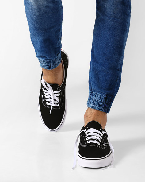 Canvas Lace-Up Skate Shoes By Vans ( Black )