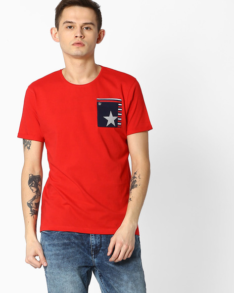 Crew-Neck T-shirt With Patch Pocket By WRANGLER ( Red )