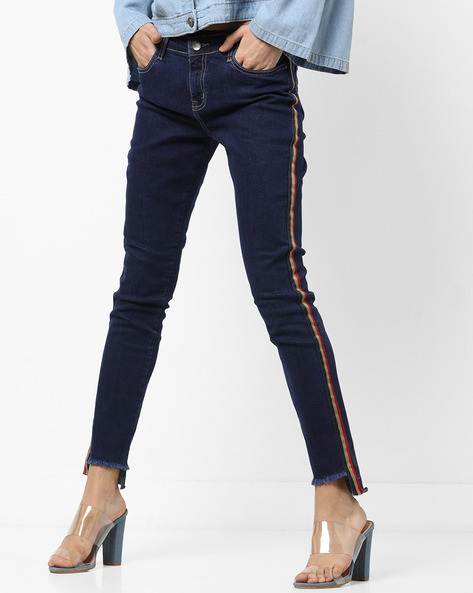 Mid-Rise Jeans With Frayed Hems By AJIO ( Darkblue )