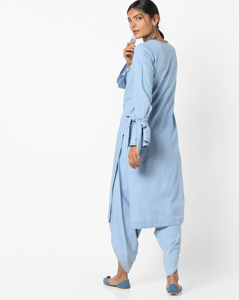 Embroidered Kurta With Flared Sleeves By AJIO ( Ltblue )