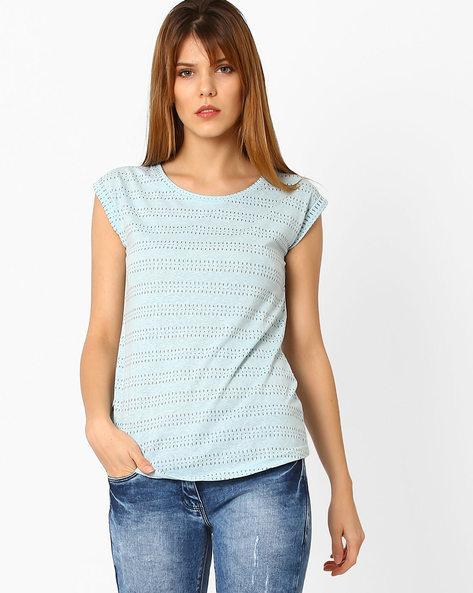 Woven Top With Cut-Out Detail By Fame Forever By Lifestyle ( Sblue )