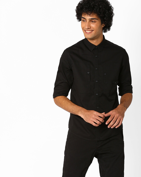 Regular Fit Shirt With Curved Hem By AJIO ( Black )