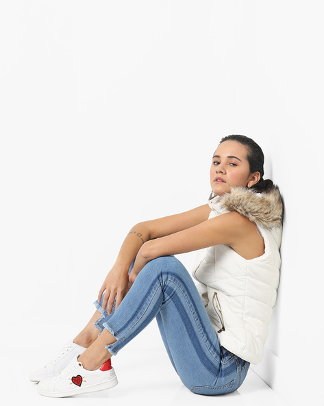 Mid-Rise Jeans With Step Hems By AJIO ( Blue )