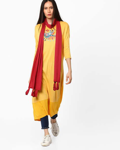 Stole With Tassel Detail By AJIO ( Maroon )