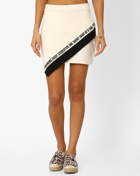 Mini Skirt With Overlaping Detail By AJIO ( Offwhite )