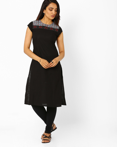 Cotton Kurta With Embroidered Yoke By AJIO ( Black )