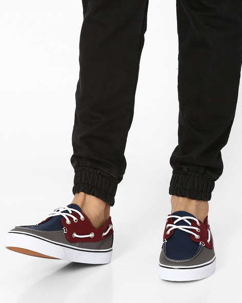 Sneakers With UltraCush Sockliners By Vans ( Navy )